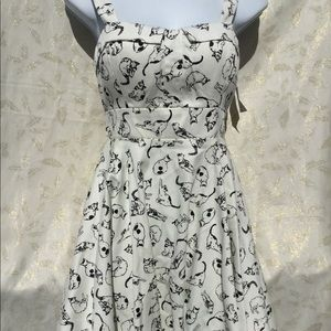 NWT ixia pinup skater size junior small B/W cats